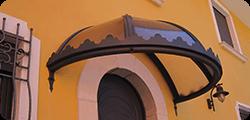 Pensilina in Stile Gotico in Policarbonato